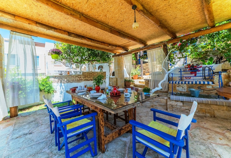 Idili Traditional House, Mylopotamos, Outdoor Dining