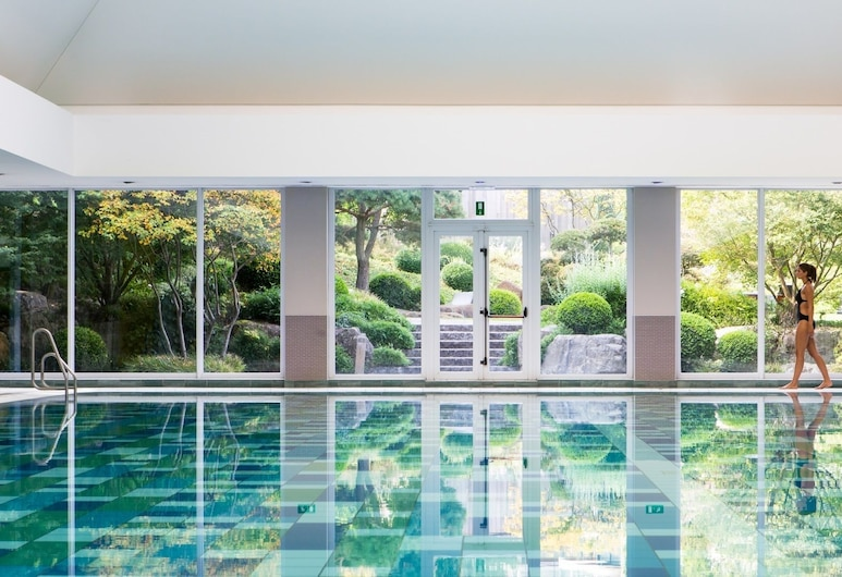 Aspria Royal La Rasante, Brussels, Indoor Pool