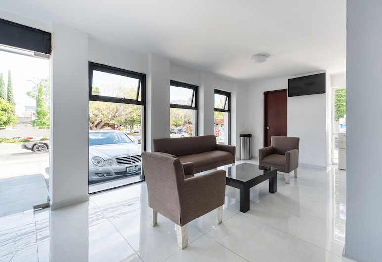 Suites Internacional, Zapopan, Καθιστικό στο λόμπι