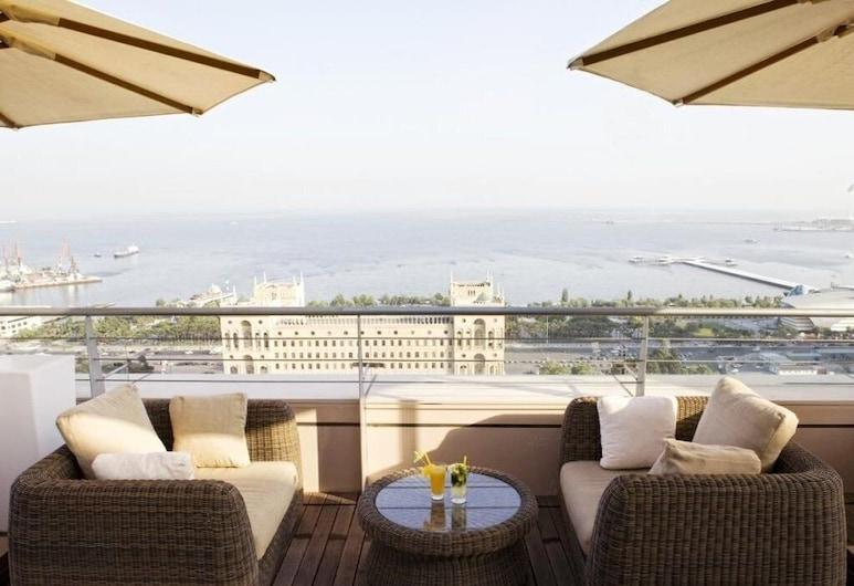 The Landmark Hotel, Baku, Rooftop terrace