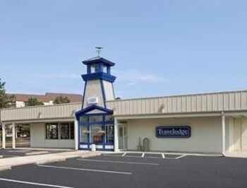 Picture of Travelodge Port Clinton OH in Port Clinton