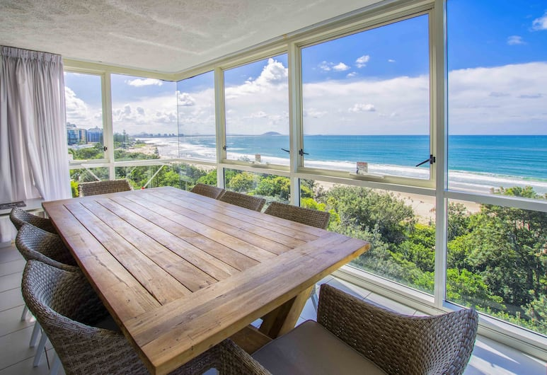 84 The Spit Holiday Apartments, Mooloolaba, Executive Apartment, 2 Bedrooms, Ocean View (FVW, No Balcony), View from room