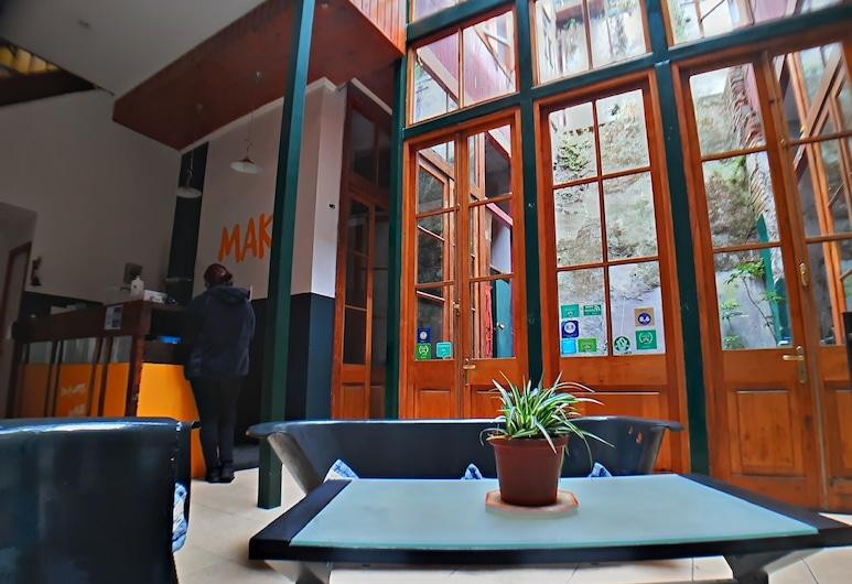 Maki Suites, Valparaíso, Reception