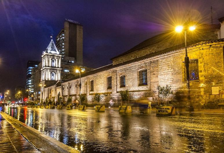 Hotel Augusta, Богота, Фасад отеля