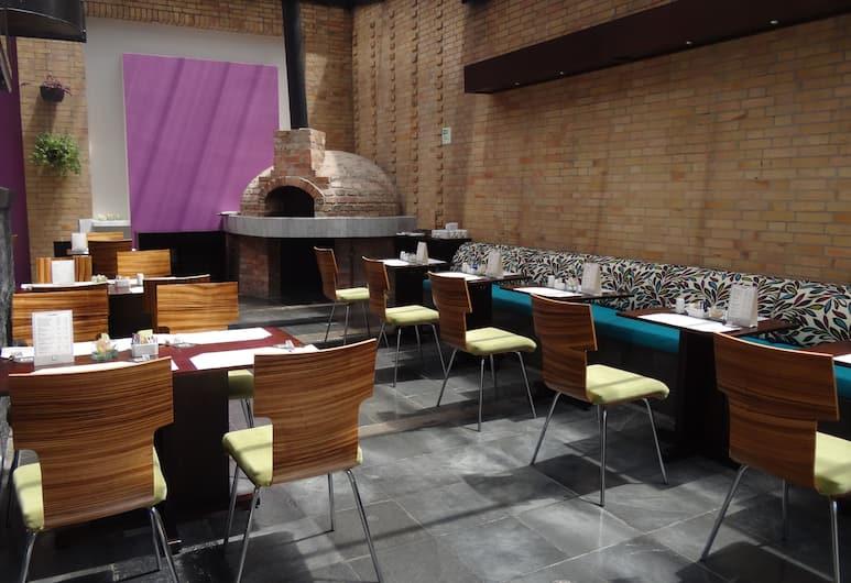 BH Parque 93, Bogotá, Restaurantes