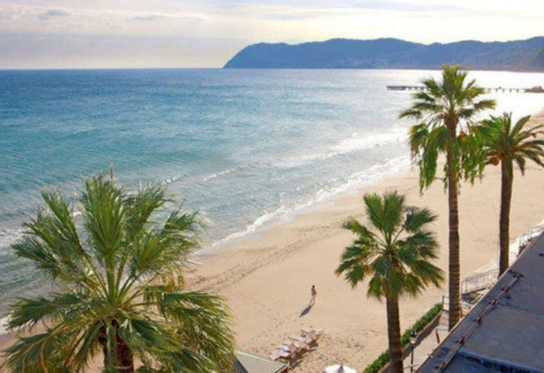 Grand Hotel Alassio Resort & Spa, Alassio, Pantai
