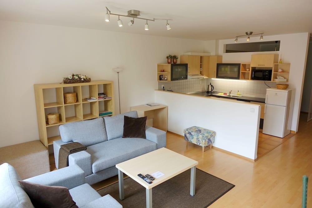 Apartment, Balcony - Bilik Rehat