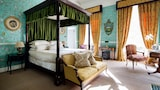 Choose This Five Star Hotel In Cheltenham
