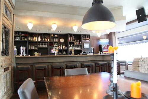 絲路斯考普酒店/