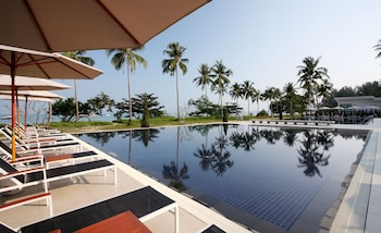 Picture of Kantary Beach Hotel Villas & Suites, Khao Lak in Takua Pa