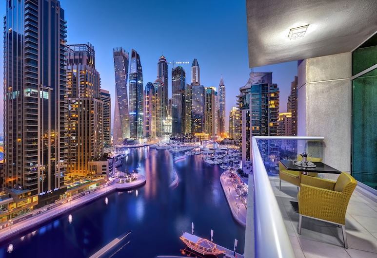 Marina Hotel Apartments, Dubai, City view from property
