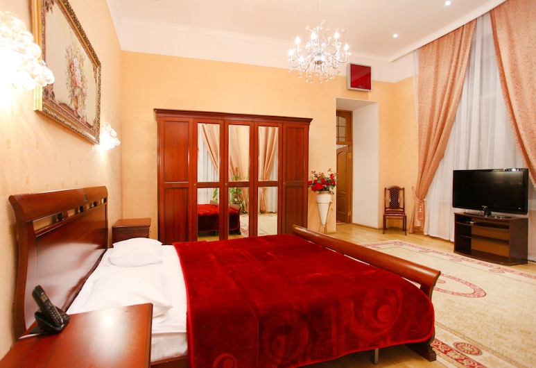 Ekaterina Hotel, Odessa, Family Suite, Guest Room