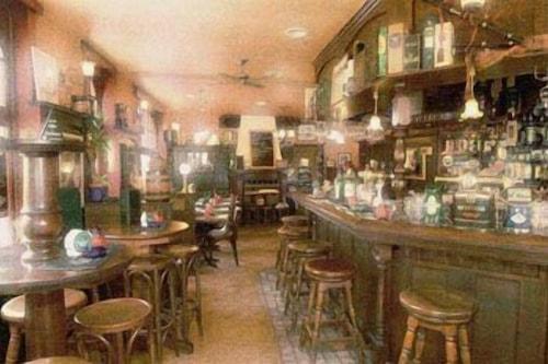 派普爾的酒吧旅館/