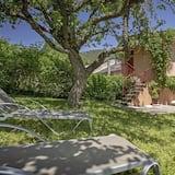 Dzīvokļnumurs - Skats uz dārzu