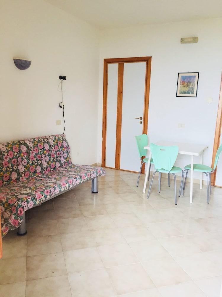Book Hotel Residence Le Terrazze in Agropoli | Hotels.com