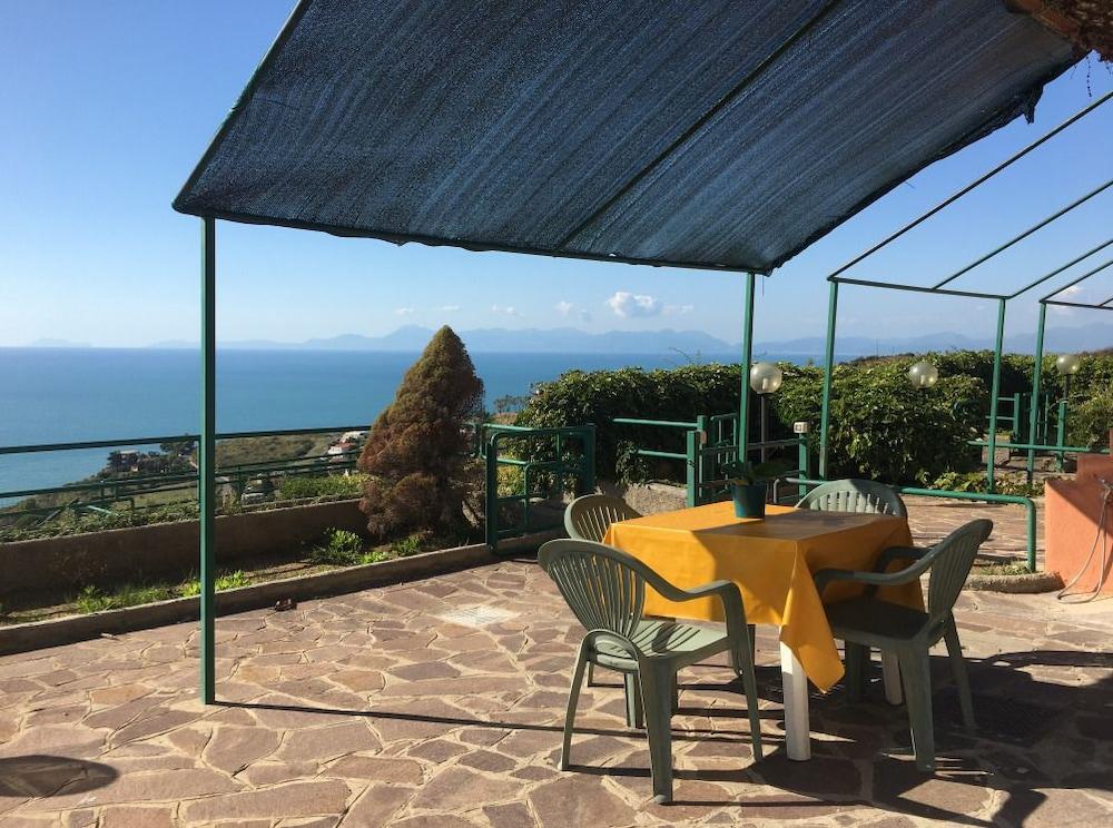 Hotel Residence Le Terrazze in Agropoli - Hotels.com