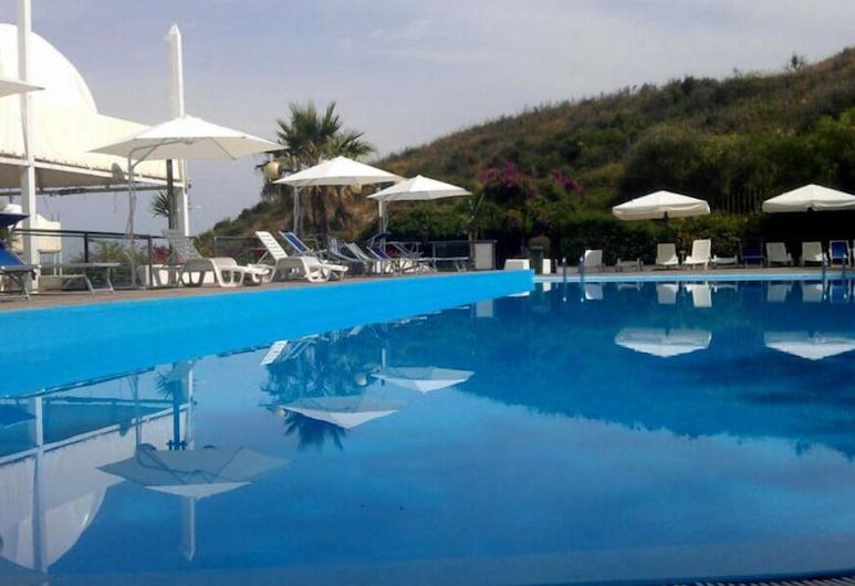 Hotel Residence Le Terrazze, Agropoli, Pool