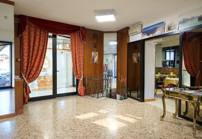 Hotel Vip, Piacenza, Vstupní prostor zevnitř