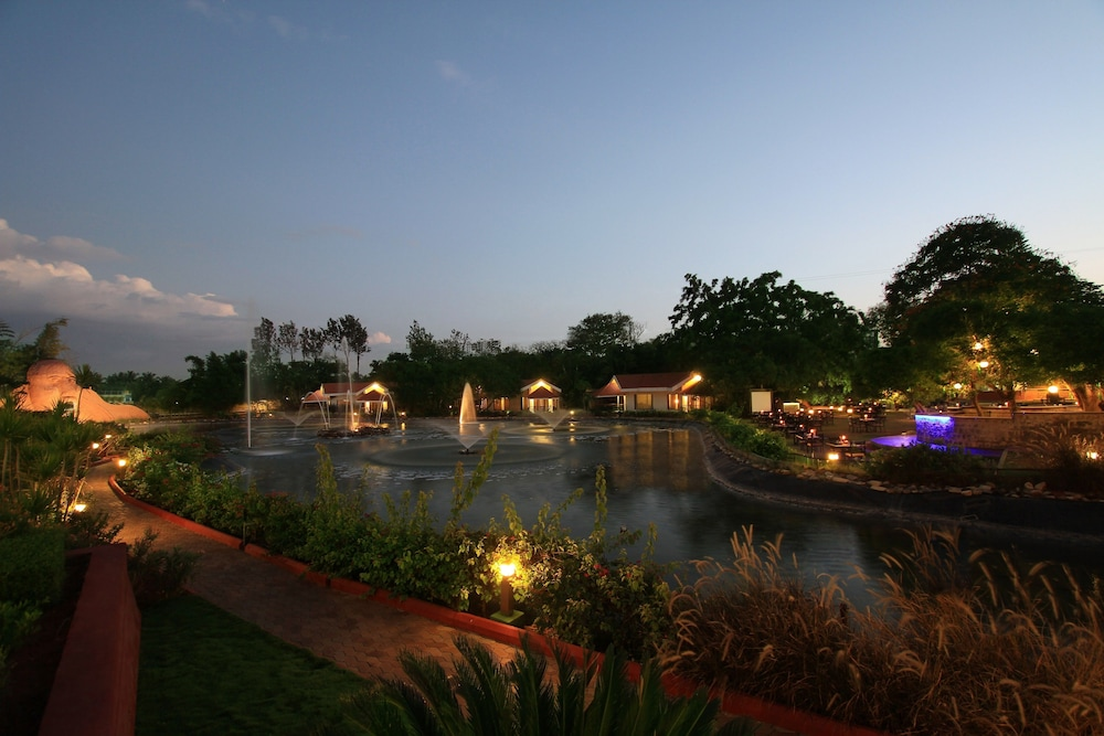 Silent Shores Resort & Spa, Mysore