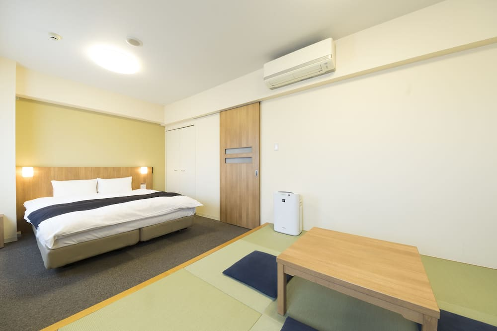 Superior Japanese Western Style Room for 3 person use 30sqm W/4 nights Non Smoking(No cleaning) - Guest Room