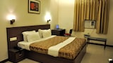 Select this Mid-Range hotel in Agra