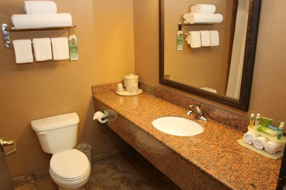 Deluxe-Suite, barrierefrei, Nichtraucher - Badezimmer