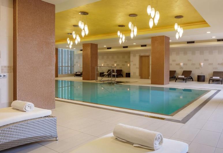 DoubleTree by Hilton Bratislava, Bratislava, Pool