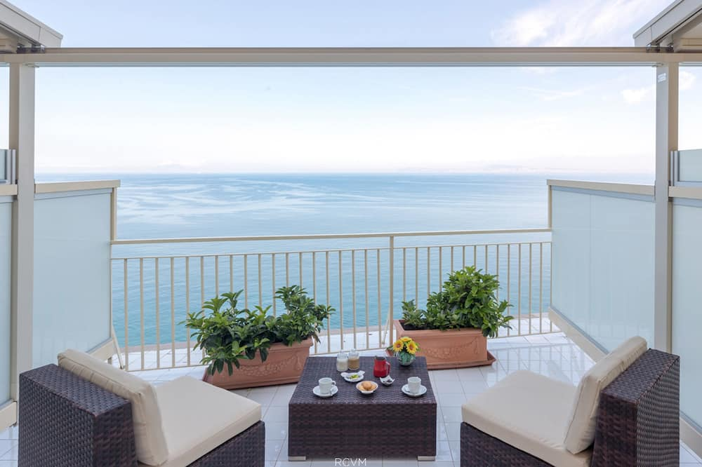 Double Room, 1 Double Bed, Terrace, Sea View - Terrace/Patio