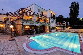 Introduce sus fechas y vea precios de hoteles última hora en Volos