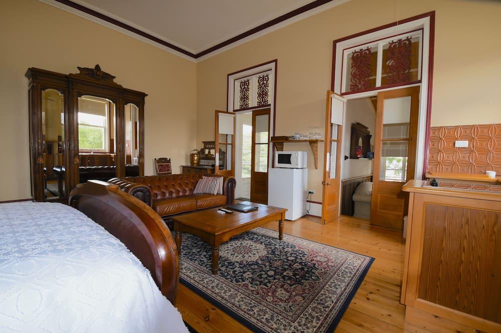 Baytree Studio Apartment, Garden View  - Living Area