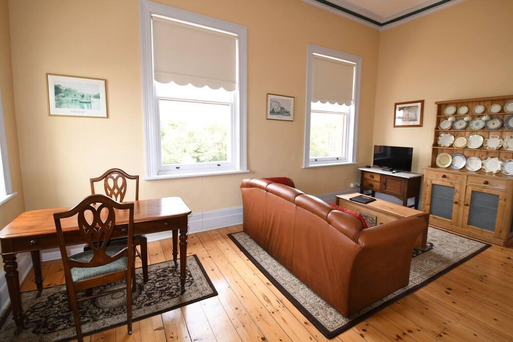 Rosalie's Apartment, 1 Bedroom, Ocean View  - Living Area