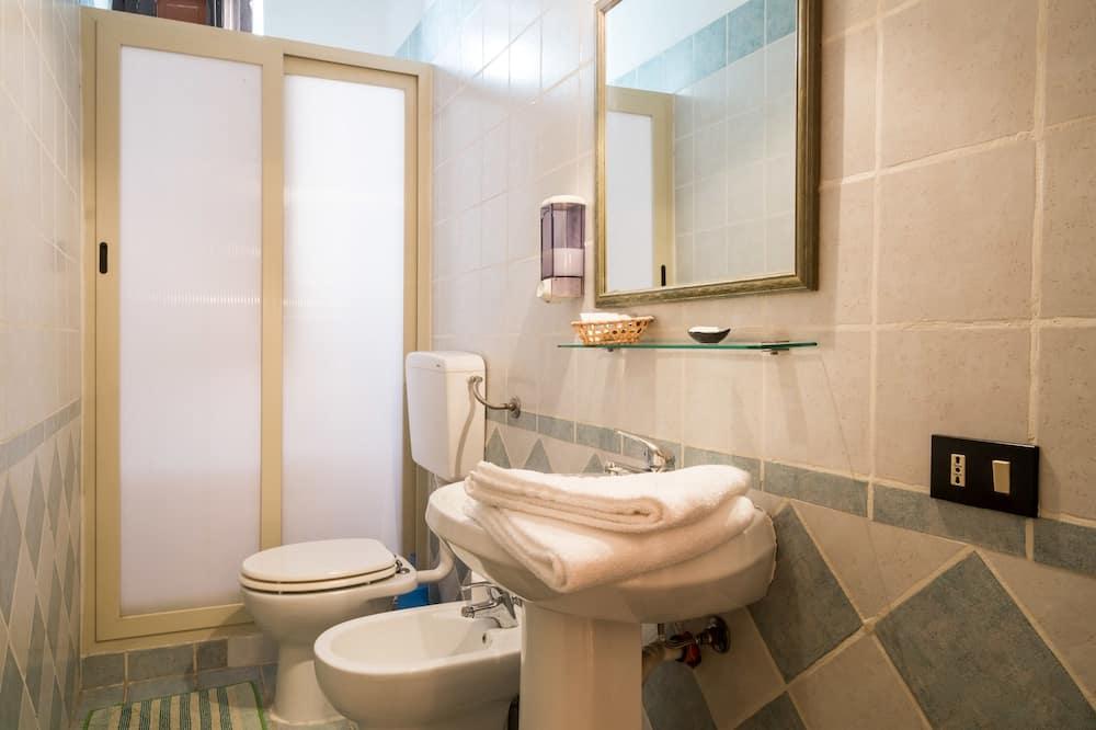 Double Room with External Bathroom - Ванна кімната