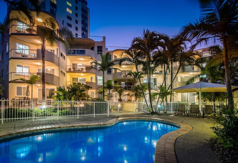 Burlington Holiday Apartments, Maroochydore, Property Grounds