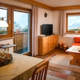 Family Apartment, Mountain View, Slope side (Dolomiten) - Living Area
