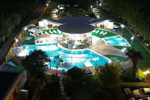 貝斯特韋斯特普拉斯布加勒斯特馬里維拉飯店