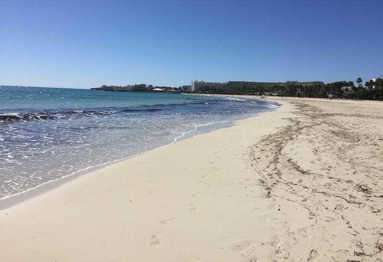 Apartamentos Club Sa Coma, Sant Llorenc des Cardassar, Beach