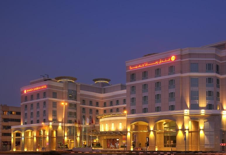 Ramada by Wyndham Jumeirah, Dubai, Hotel Front – Evening/Night