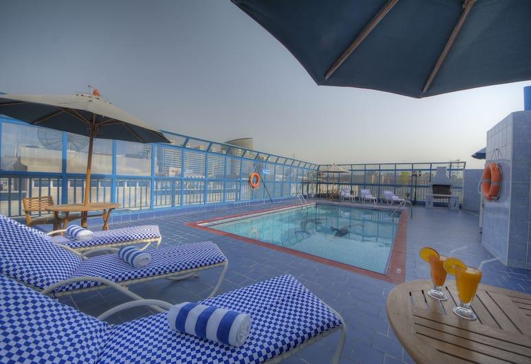 Nihal Residency Hotel Apartments, Dubai, Indendørs pool