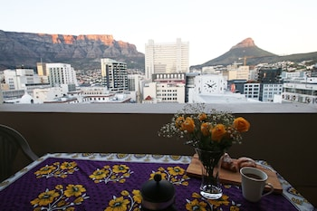 Picture of 1109 The Decks at 67 Long Street in Cape Town