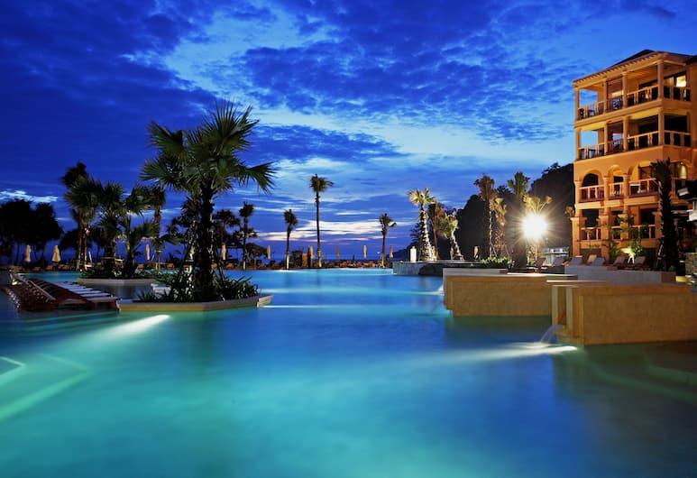 Centara Grand Beach Resort Phuket, Karon, Ulkouima-allas