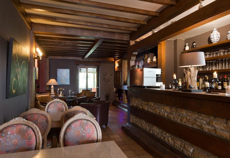 Hostellerie Sainte-Cécile, The Originals Relais (Relais du Silence), Florenville, Hotel Bar