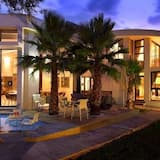 The Lakes Boutique Lodge
