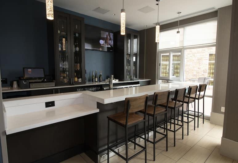Fairfield Inn & Suites by Marriott San Antonio Alamo Plaza/Convention Center, San Antonio, Hotel Lounge