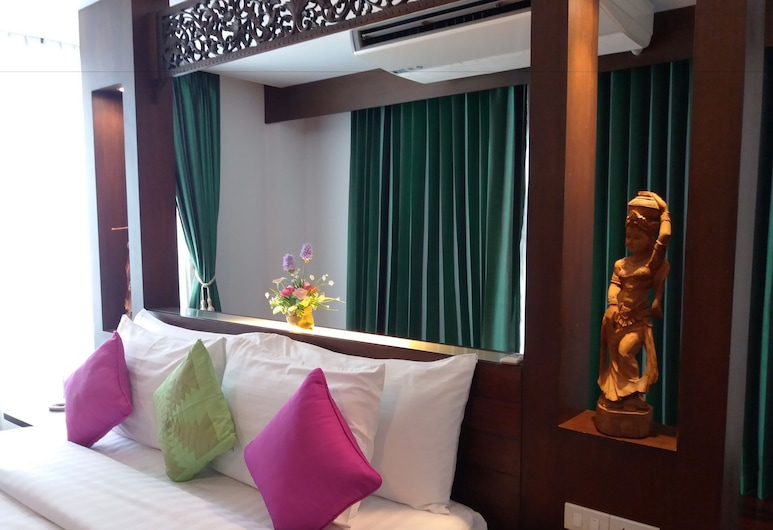 Nicha Hua Hin Hotel, Hua Hin, Suite, 1 King Bed, Guest Room