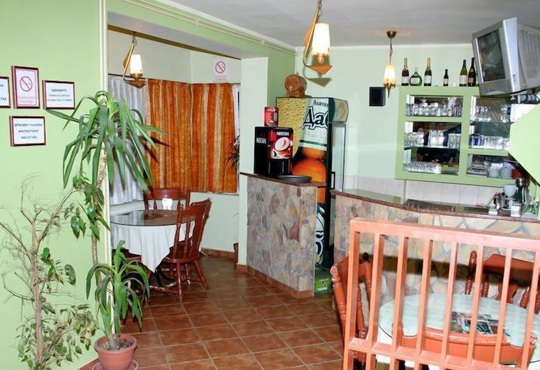 Breza, Prilep, Bar de l'hôtel