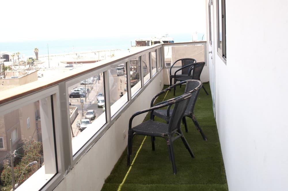 Standard Apartment, 2 Bedrooms, Sea View - Balcony