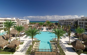 Choose this All inclusive in Playa del Carmen - Online Room Reservations