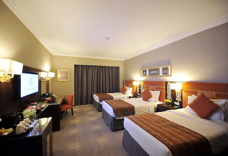 Millennium Taiba Hotel Madinah, Medina, Deluxe Triple Room (City View), Guest Room