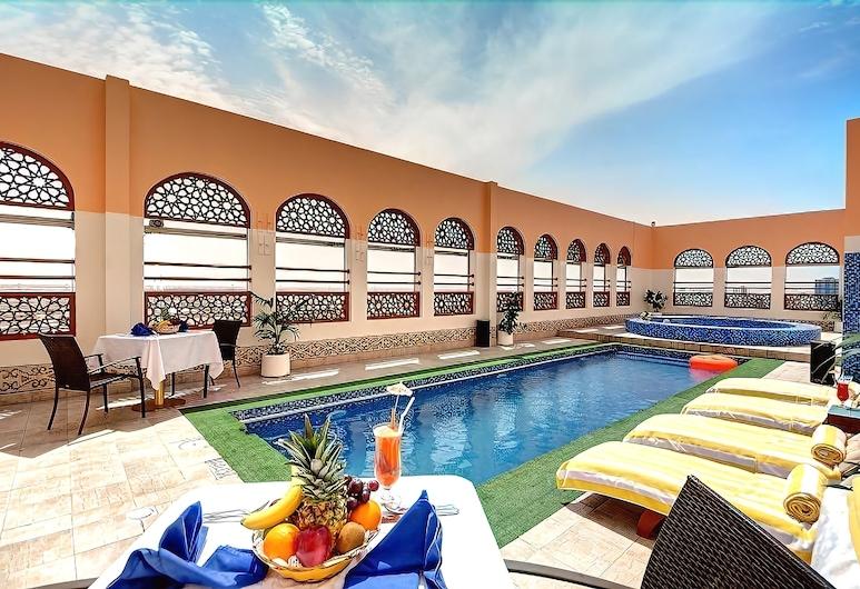Ewan Ajman Suites Hotel, Ajman, Indoor Pool