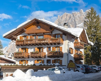 View this ski hotel in Cortina d'Ampezzo